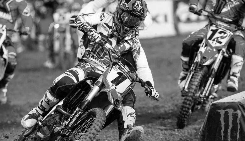 http://motoxsport.ru/video/ama-superkross-2013-v-indianapolise